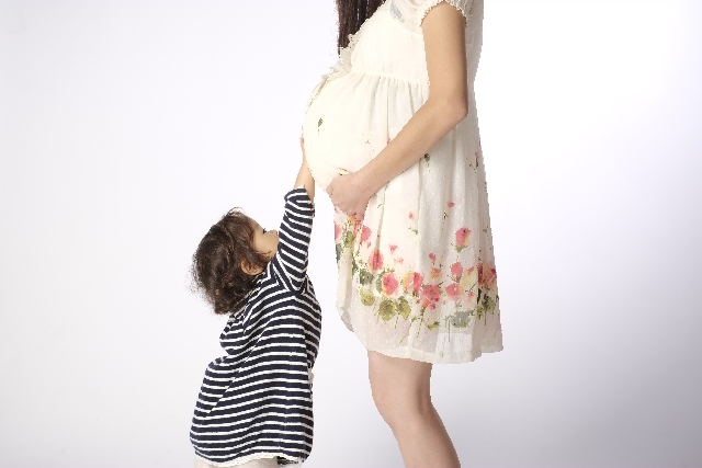 妊娠8ヶ月 胎動 位置