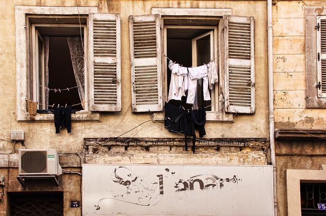 フランス人は服を10着しか持たない
