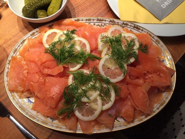 salmon-611094_640