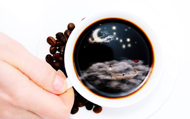 缶コーヒーを温める
